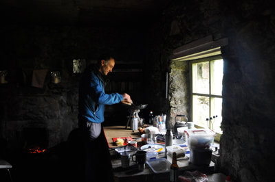 Preparing%20breakfast%20in%20the%20bothy