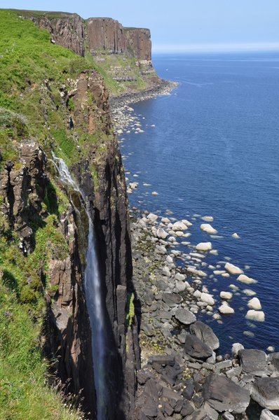 Dinosaur fossils were found at the base of Kilt Rock near Staffin, Isle of Skye