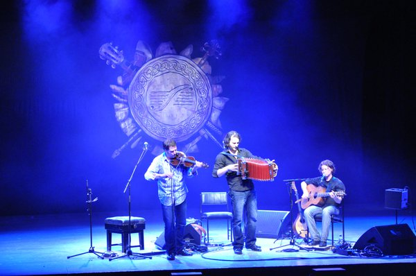 Exciting Canadian band De Temps Antan performing at Celtic Connections