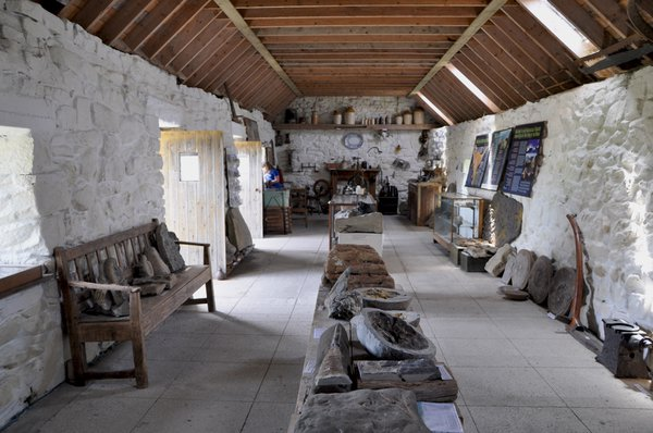 Inside%20the%20museum%2CEllishadder%2C%20Staffin%2C%20Isle%20of%20Skye