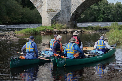 Below%20the%20Old%20Spey%20Bridge%20at%20Grantown-on-Spey.%20We%27re%20almost%20ready%20to%20begin%20our%20canoe%20adventure.