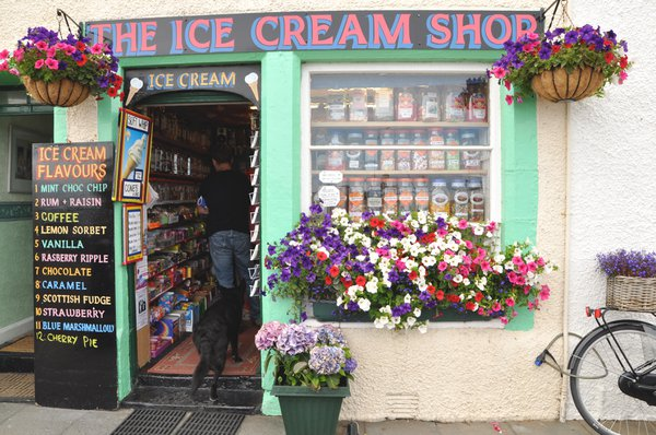 Having an ice cream is a traditional part of the Pittenweem Art Festival